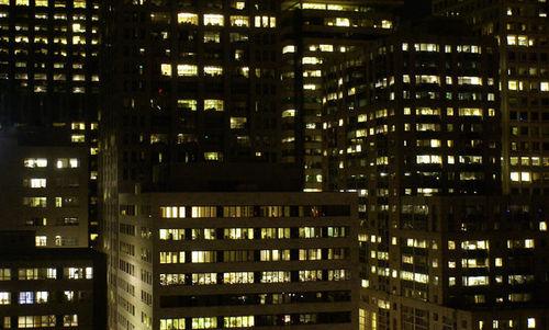 01_09 night buildings
