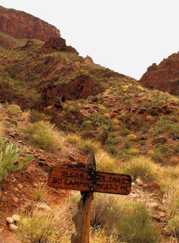 Thumb 24 04_25_09 clear creek trail sign