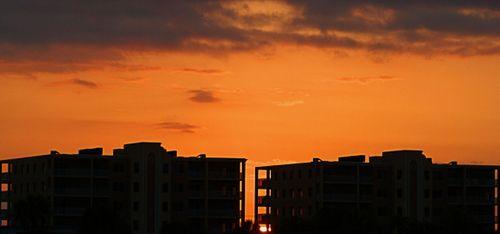 05_09 thumb treasure island sunrise 2