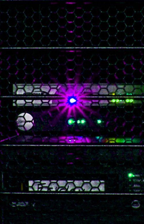 08_09 half rack closeup