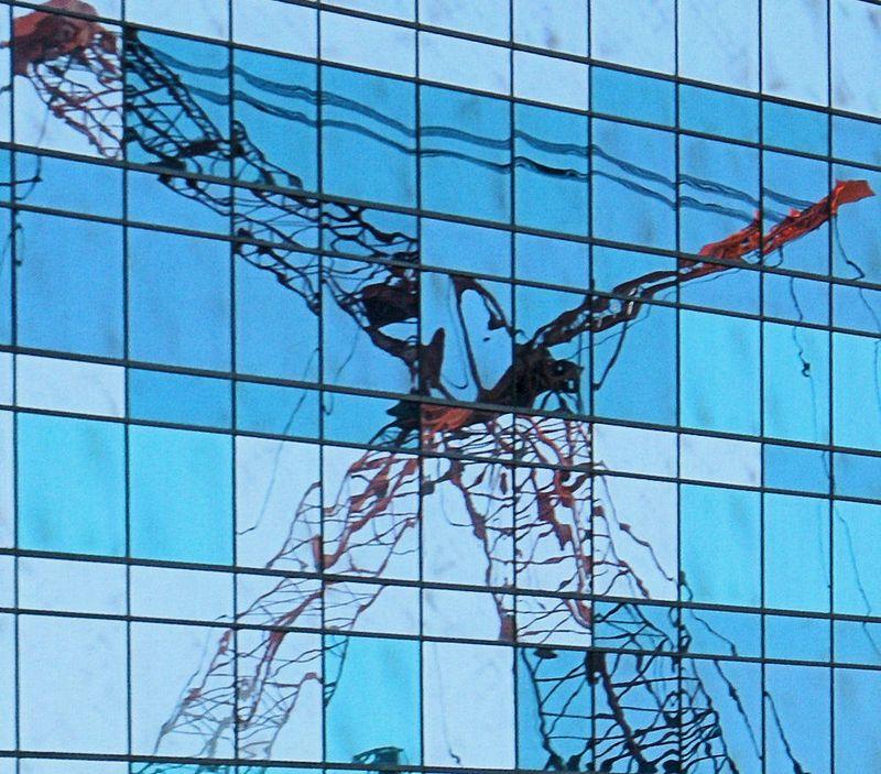 07_10 thumb las crane reflection