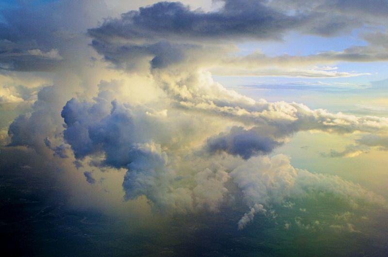 08_10 thumb clouds 2