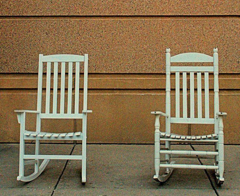 10_10 thumb chairs waiting white