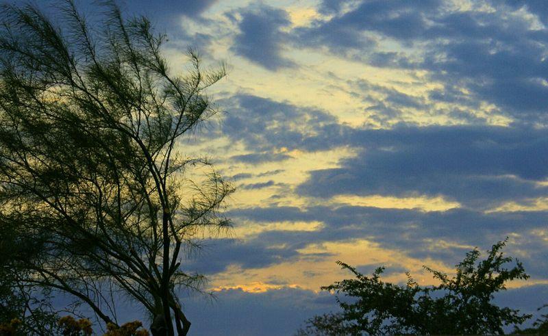 07_10 thumb storm clouds 1
