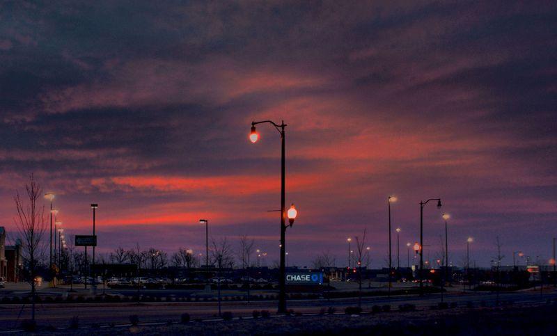 03_11 thumb retail sunrise