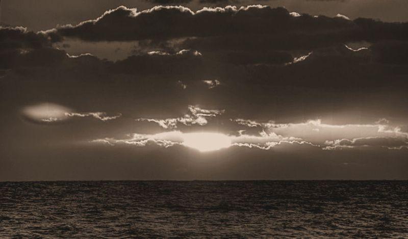 11_11 thumb last day sun sunrise DSC03840_tonemapped