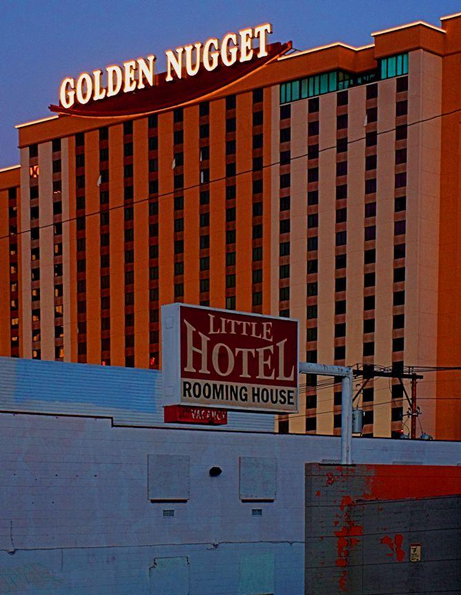 11_11 thumb little hotel_ nugget DSC03915_tonemapped