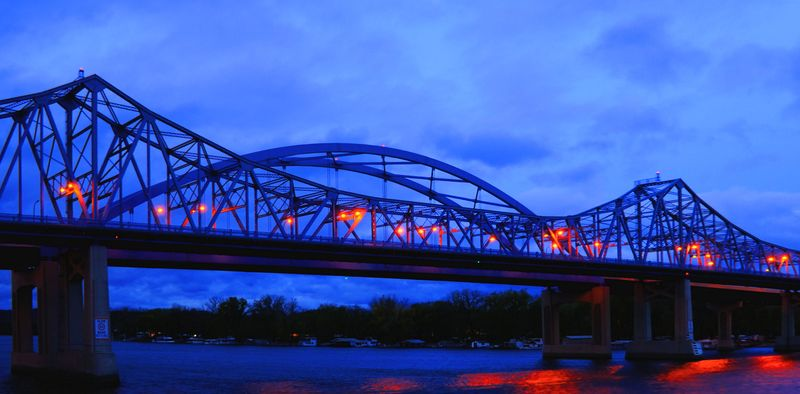 10_11 lacrosse sunrise bridge DSC03496_7_8_tonemapped