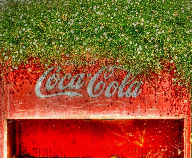 09_12 thumb coca cola DSC06519_20_21_tonemapped