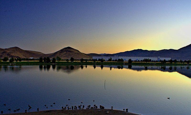 09_12 thumb ducks and sunrise DSC06557 -1