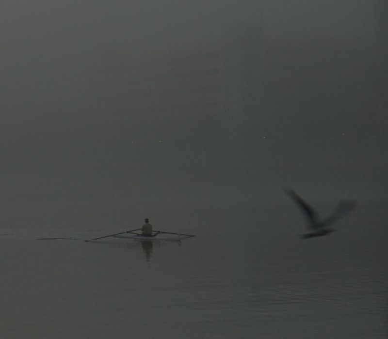 02_14 thumb rowing in fog 2 DSC00086 -1