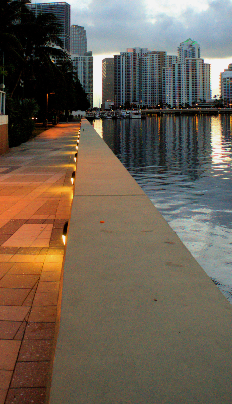 06_16 miami walkway DSC03403 -1