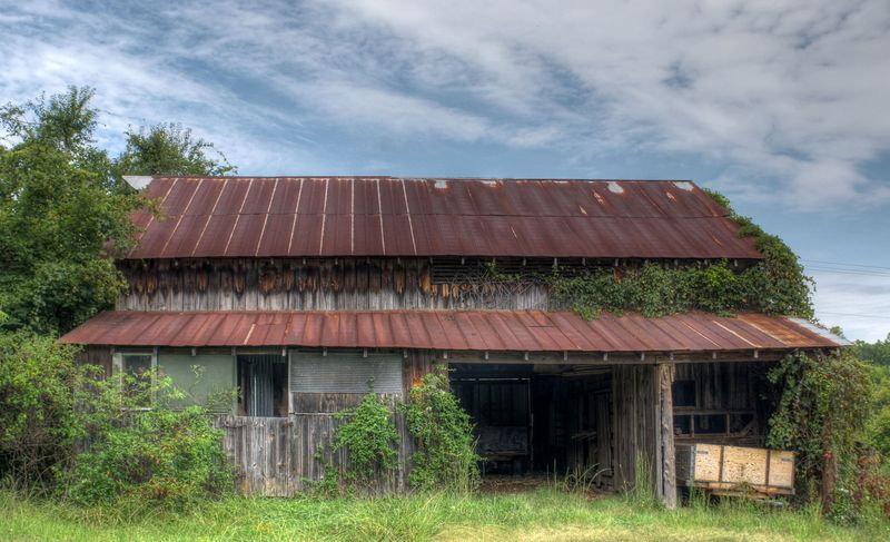 08_14 bldg red barn DSC00671_tonemapped