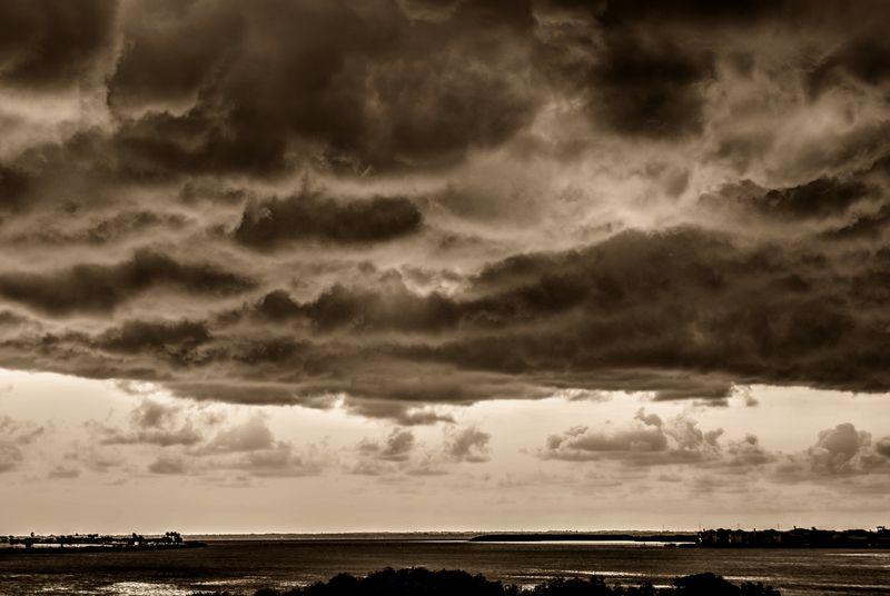 06_15 storm 2 DSC01941_2_3_tonemapped
