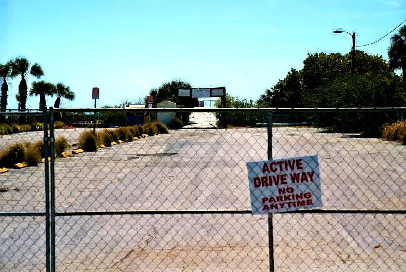 03_21 pier active parking DSC06391 watrcolor