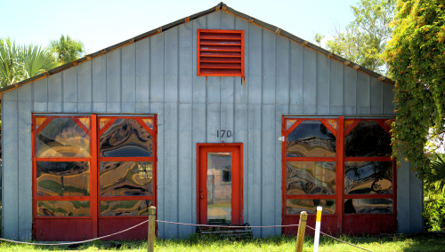 06_21 apalach tin shed rippled windows DSC06755 -1