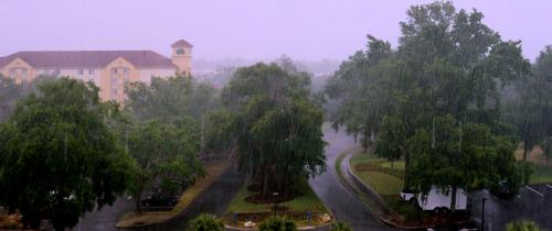 05_21 rainy night in ocala DSC06681