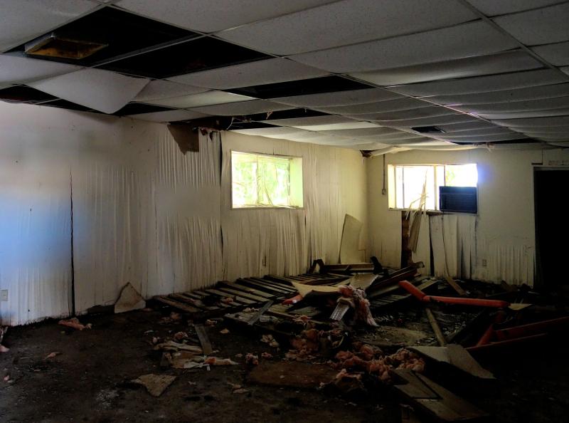 06_21 apalach firehouse inside DSC06760 -1