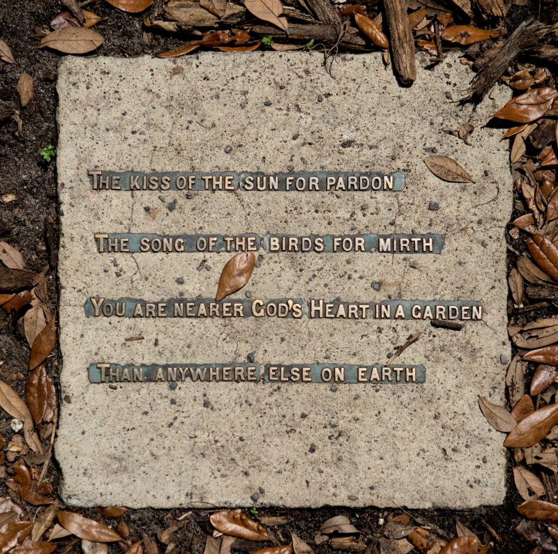 08_21 Bok Tower neighbor memorial DSC07046 -1